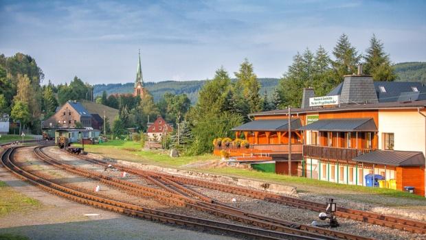 Blick zur Hammerunterwiesenthaler Kirche