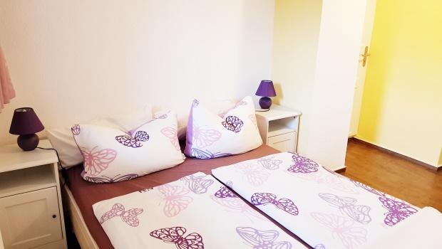 große Ferienwohnung (kleines Schlafzimmer)