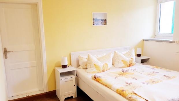 große Ferienwohnung (großes Schlafzimmer)